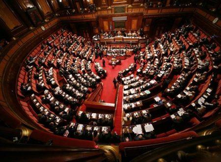 Pensioni tagliate, stipendi e pensioni parlamentari no