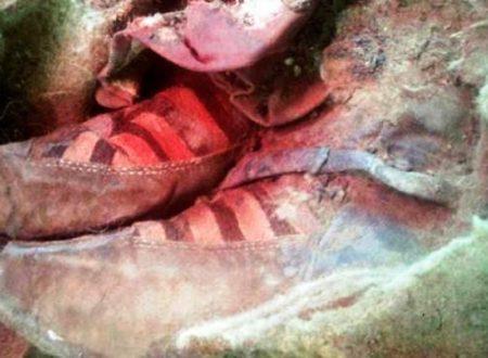 Trovata in Mongolia una mummia con scarpe da tennis