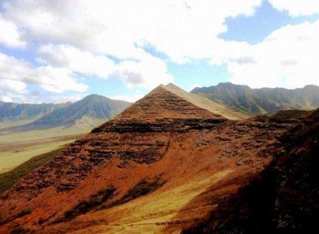 Trovate antiche piramidi alle Hawaii?
