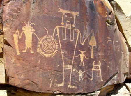 Antichi Hopi: Terra cava, scudi volanti e divinità simili a formiche