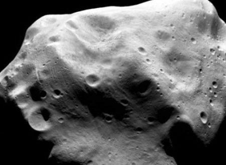 La Terra è stata sfiorata da un asteroide scoperto solo da poche ore