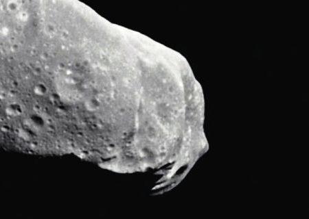 Un grosso asteroide in rapido avvicinamento minaccia la Terra