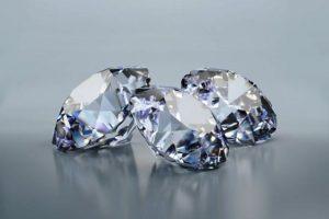 Creare un diamante dalle ceneri del defunto