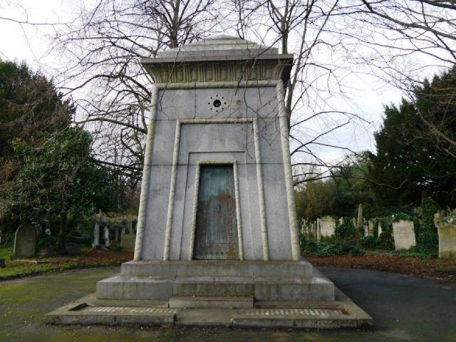 Mausoleo Courtoy cimitero Brompton