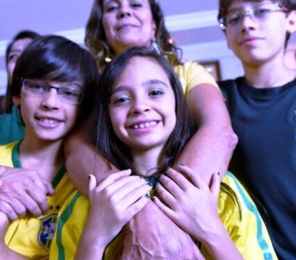 La famiglia brasiliana con 12 dita