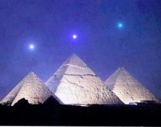 Piramidi e Orione