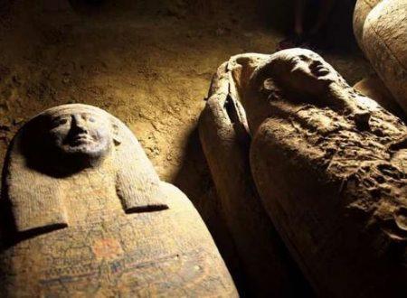 Trovate in Egitto 13 bare di legno intatte di 2500 anni fa
